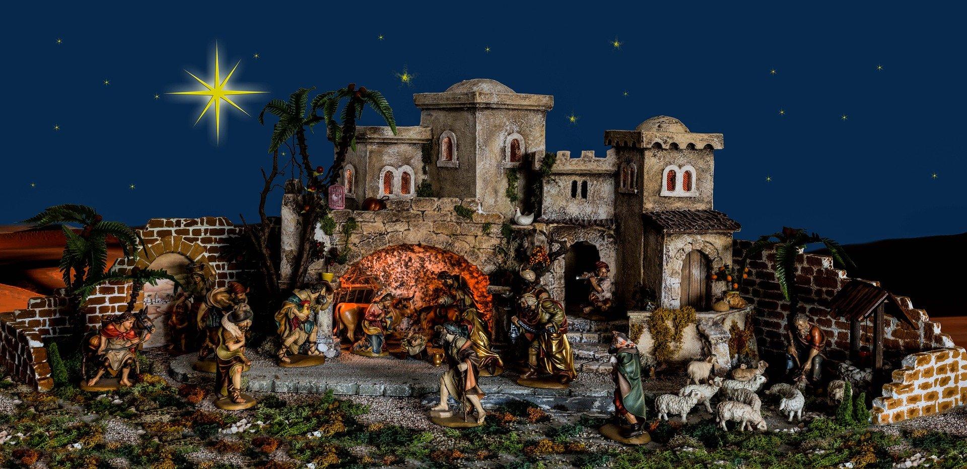 christmas-574275_1920