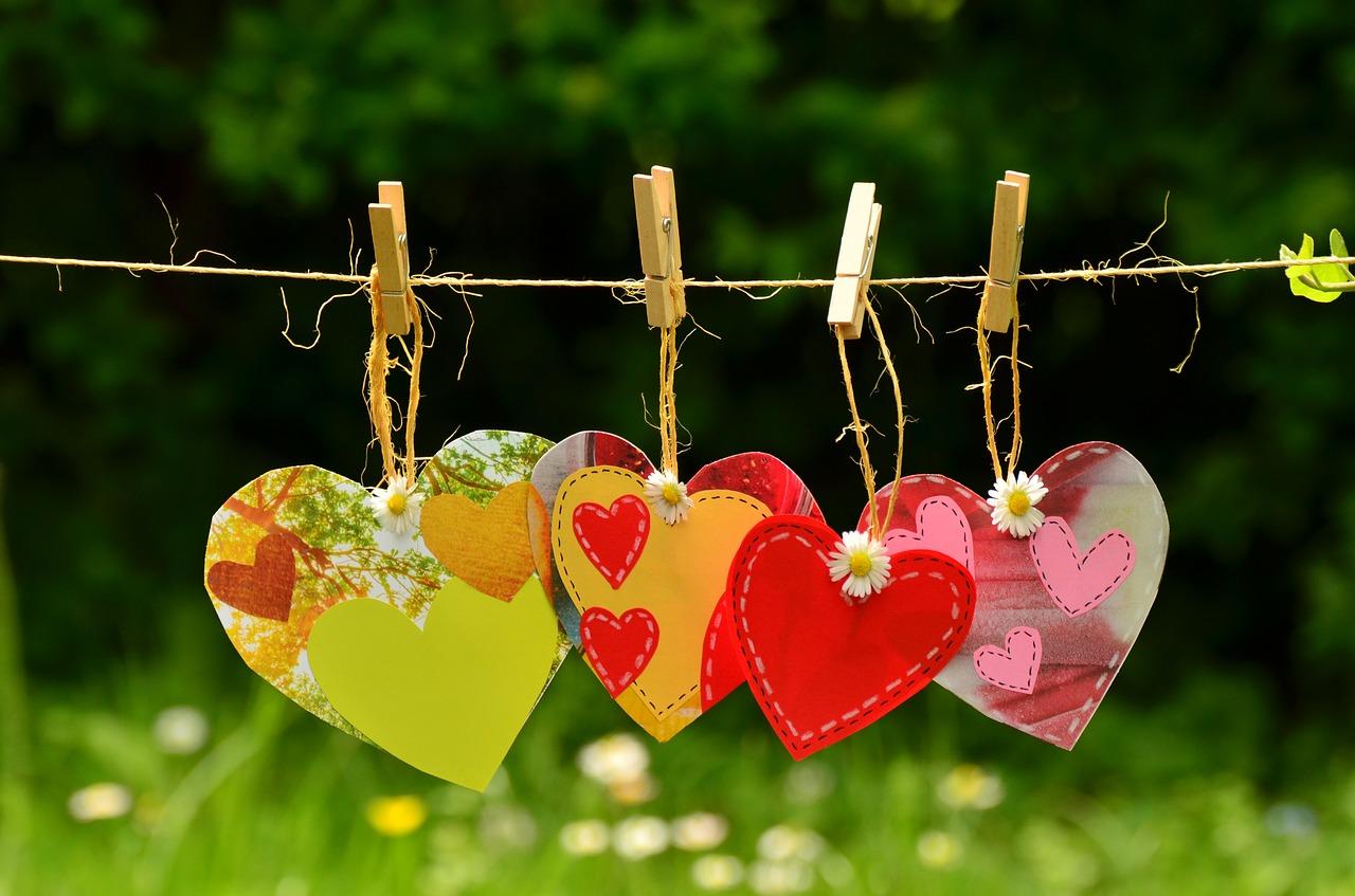 hearts-1450300_1280